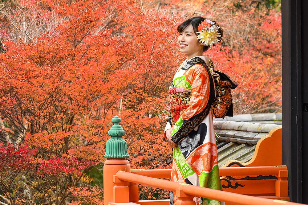 ご予約受付中!京都のお寺で成人式前撮り・家族写真「紅葉プレミアム撮影会(1日1組限定)」【11月20日〜12月5日頃】